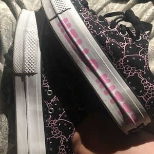 Hello Kitty Limited Edition Platform Converse